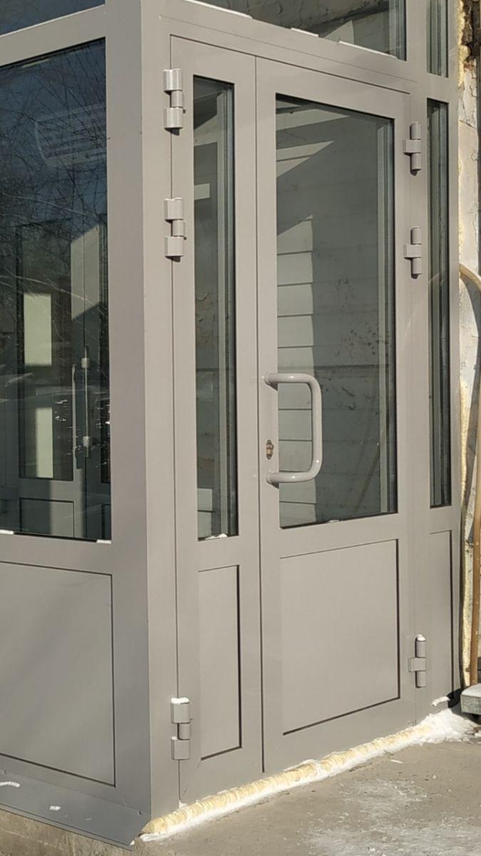 Тамбурная теплая дверь